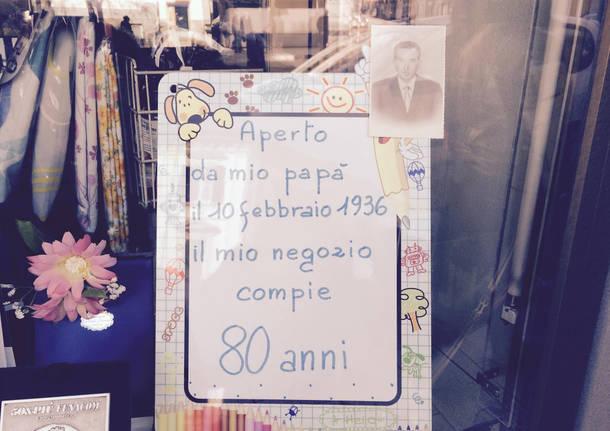 """Una """"vetrina di compleanno"""" per gli 80 anni della drogheria Gervasini"""