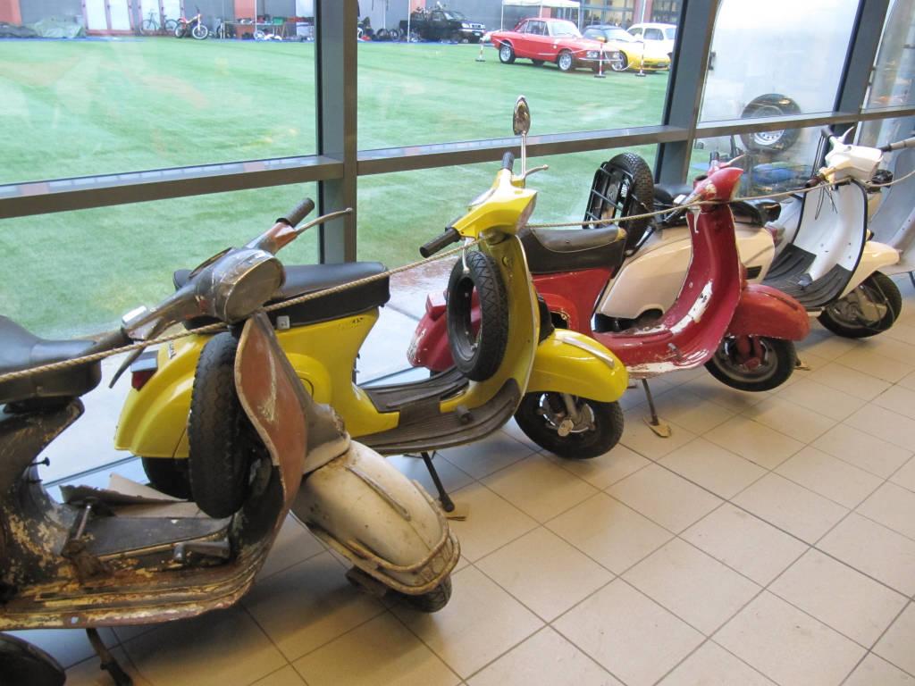 Auto Moto Bici d'epoca mostra Malpensafiere