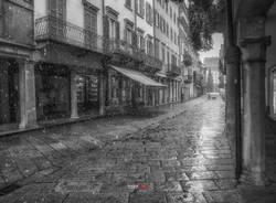 Il centro di Varese sotto il nevischio