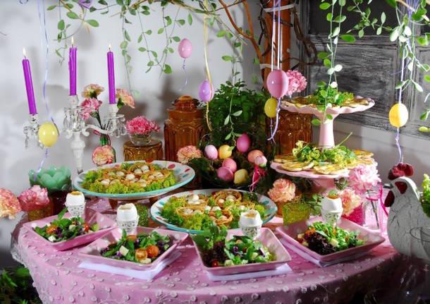 La cucina mediterranea trionfa sulla tavola di pasqua - Tavola imbandita per pasqua ...