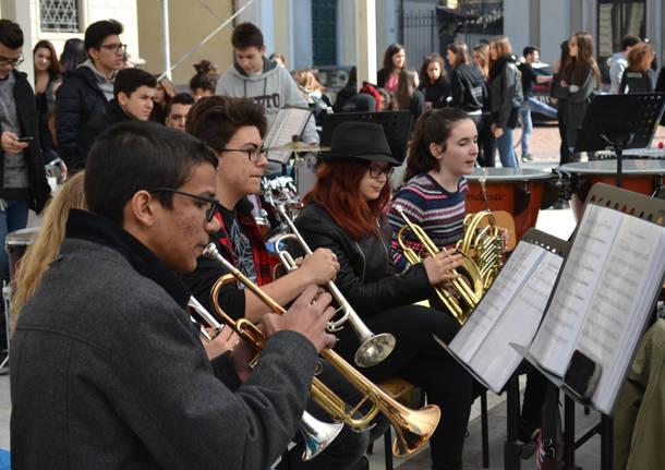 Danza e musica in piazza San Giovanni
