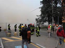 Demolizione a Saronno, l'implosione