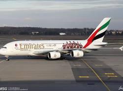 Ecco il 380 di Emirates con l'adesivo del Milan