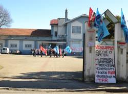 official photos c5c3b 54a4e Mirtillo in crisi, i lavoratori in presidio: