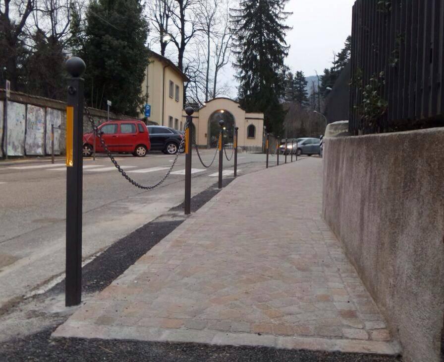 Luvinate, conclusi i lavori in piazza per il nuovo percorso pedonale