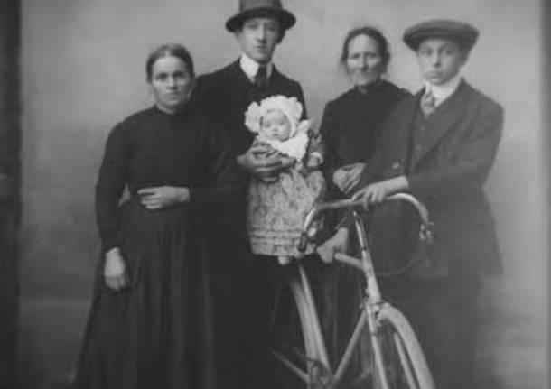 """mostra """"storie di uomini e biciclette"""""""