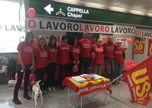 Protesta lavoratori Meridiana a Malpensa