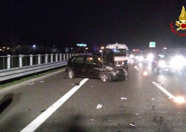 Autolaghi origgio scontro tra auto 1 aprile 2016