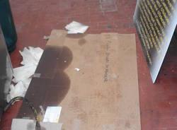 Bagni inutilizzabili al centro sportivo di Cairate