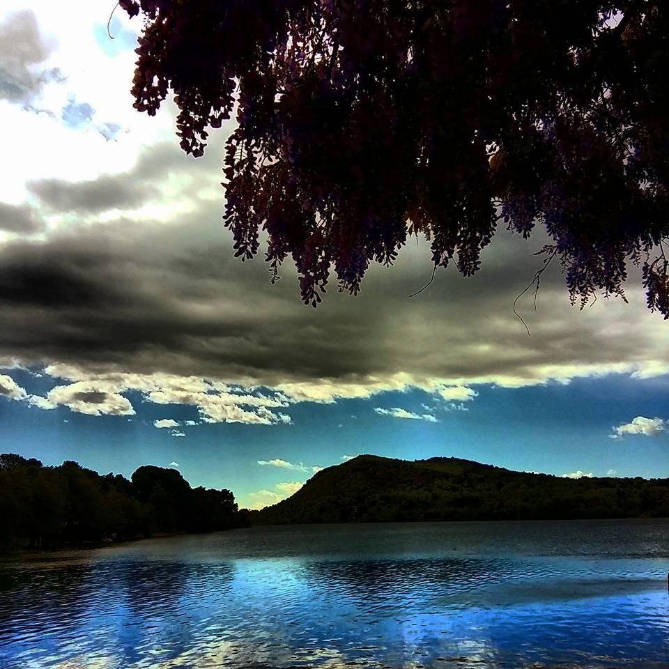 Il lago di Monate - foto di Elena Passiu