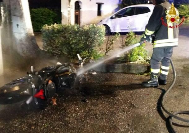 incidente moto cremenaga vigili del fuoco