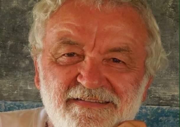 Padre Gianni nobili