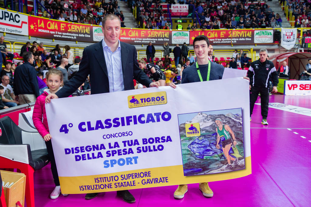Premiazione concorso Tigros per gli studenti
