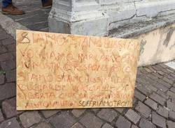 Protesta profughi richiedenti asilo Tradate