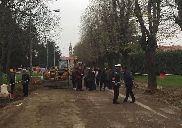 Protesta tigli Samarate 4 aprile