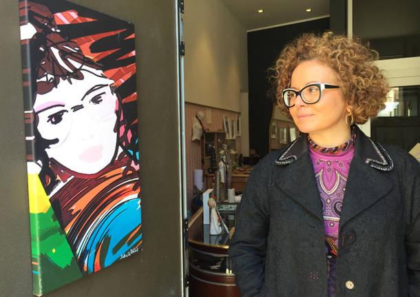 Sabrina, pendolare da Milano a Varese per aprire il suo negozio