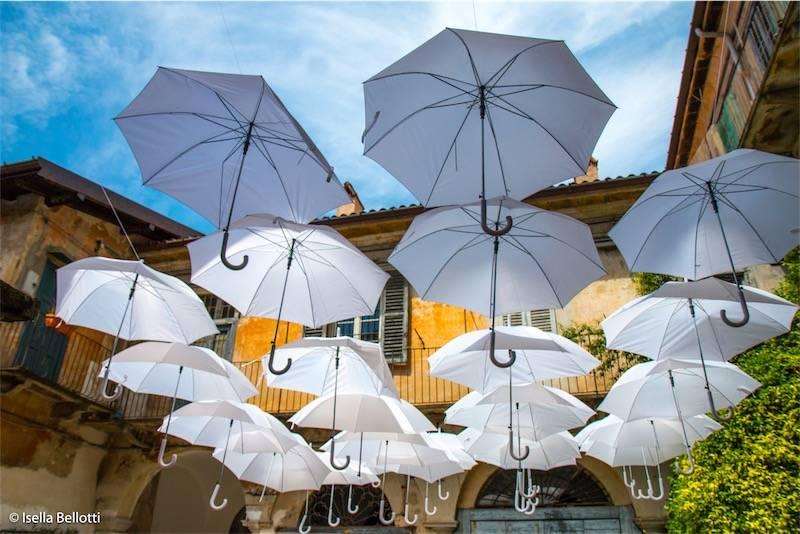 VARESE e i suoi ombrelli