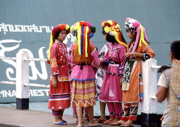 Costumi tradizionali birmania