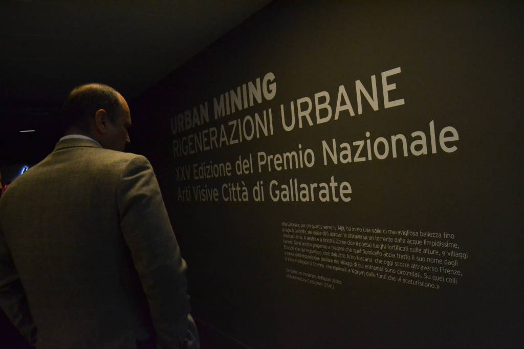 Premio Gallarate: la folla dell\'inaugurazione