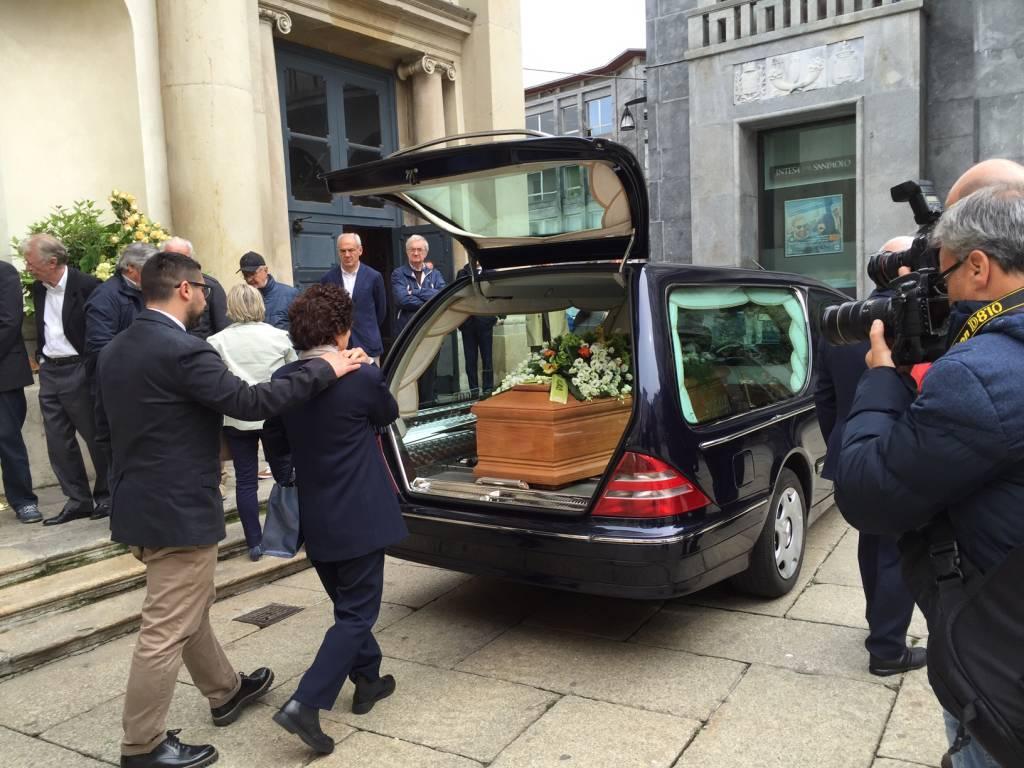 Funerale Renato Scapolan