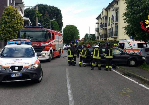 Incidente tra due autovetture in Via Pisacane