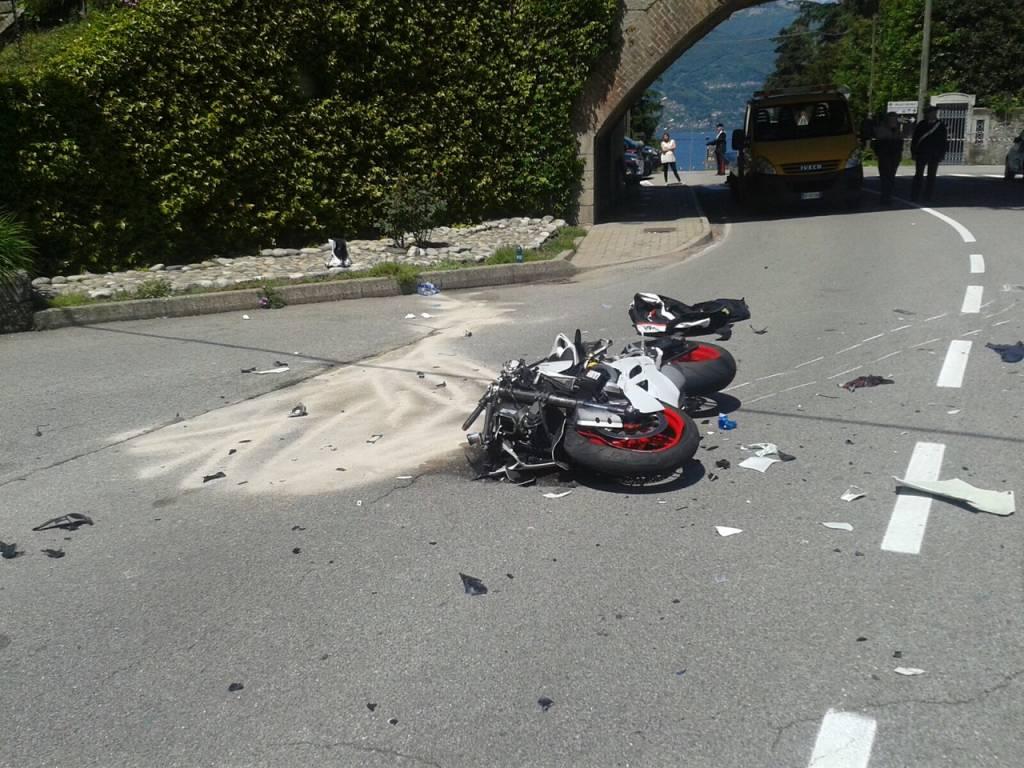 Incidente stradale a Portovaltravaglia