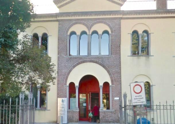 sala civica biblioteca somma lombardo