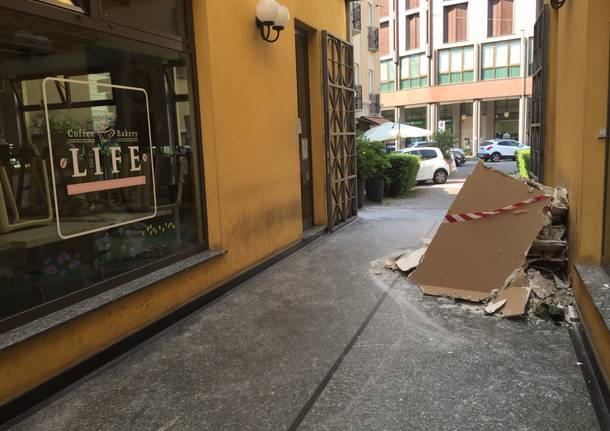 Allagamento bar nel centro di Gallarate
