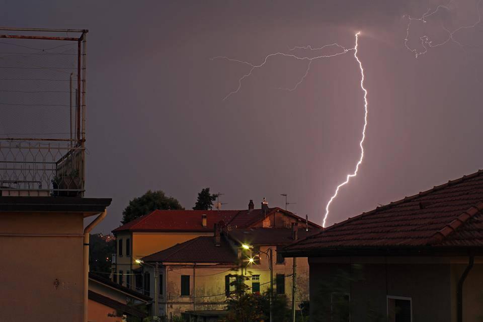 Il temporale nelle foto dei lettori