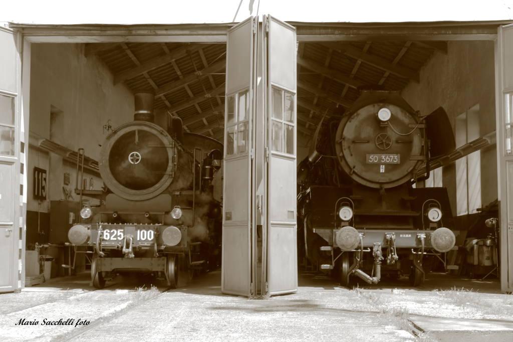 La vecchia locomotiva a Luino