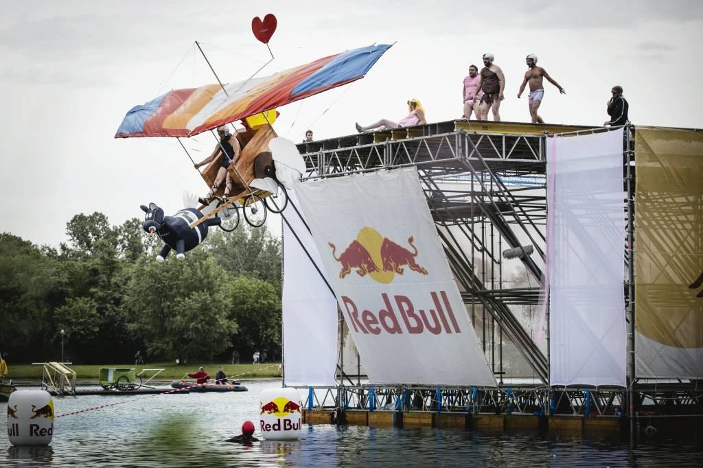 Red Bull FlugTag: le immagini dell\'evento
