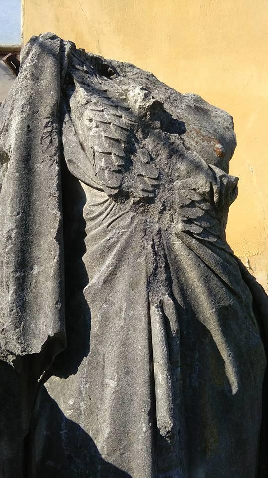 Dai giardini estensi al Macello, la parabola della statua ritrovata