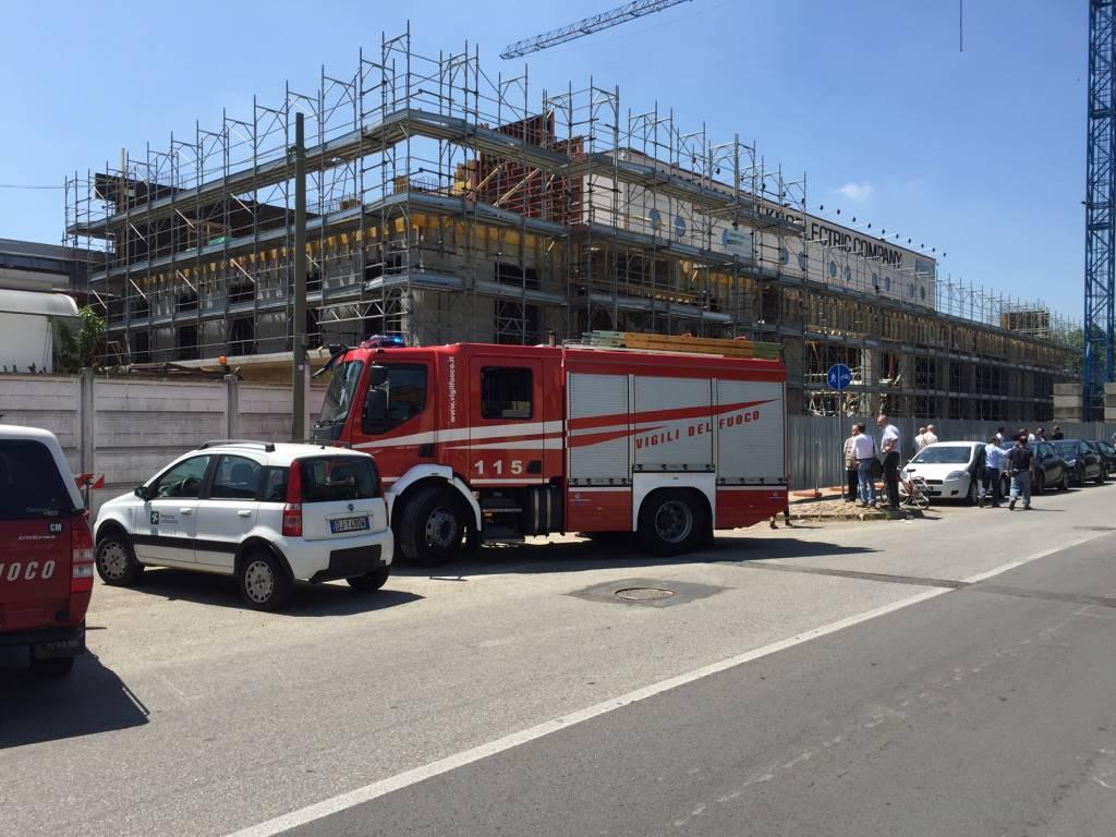 Incidente sul lavoro in via Legnano