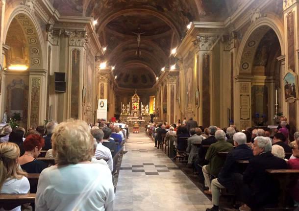 Il funerale di Laura Antonini a Induno Olona
