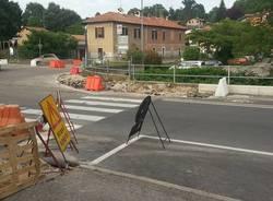Nuova rotonda all'ospedale Galmarini