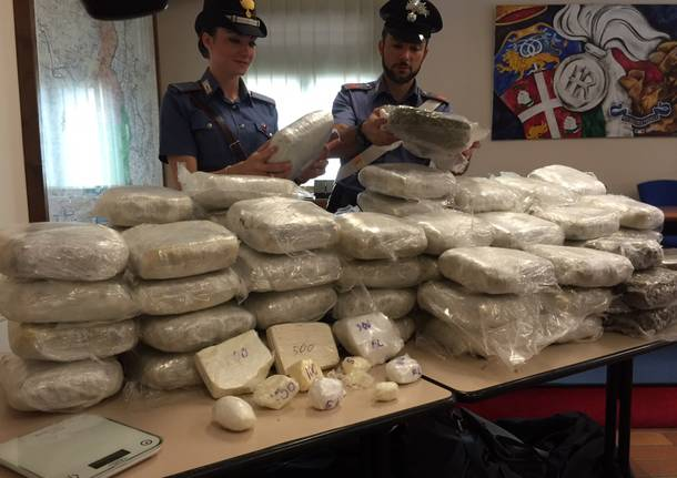 Maxi-sequestro di marijuana e cocaina