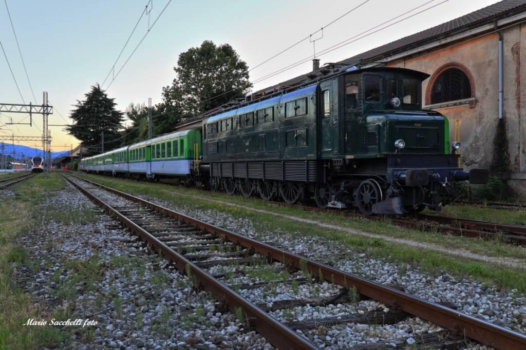 """Treno  speciale \""""Aperitreno\"""" Luino-Locarno"""