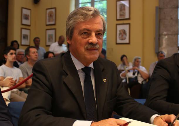consiglio comunale busto arsizio gianfranco tosi
