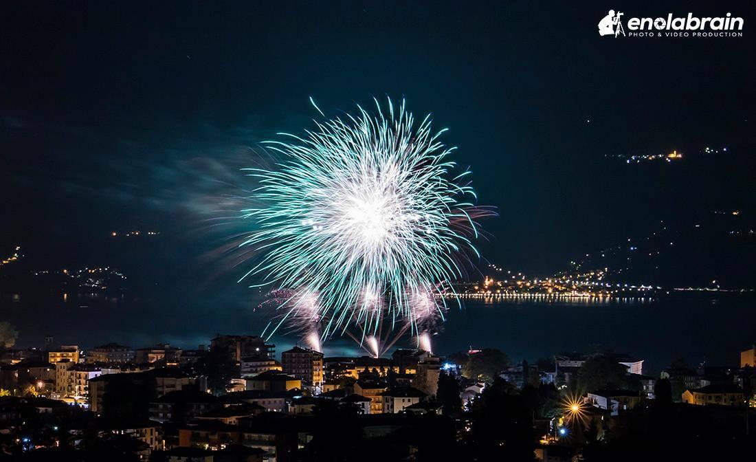 fuochi d'artificio luino 2016 enolabrain alessandro lucca