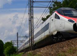 Persona investita dal treno, circolazione interrotta sulla Domodossola-Milano