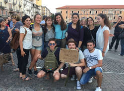Presidio in piazza Repubblica per Emmanuel
