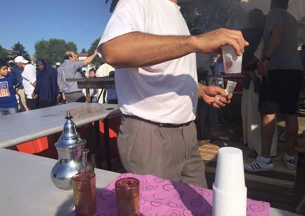 Fine del Ramadan, a Ventimiglia 400 migranti celebrano la conclusione del rito