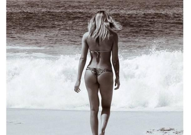 Becky Perry, da Busto a Rio a colpi di foto