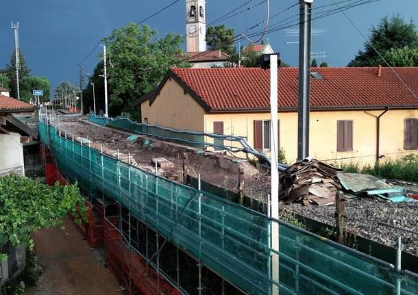 cantiere ferrovia trenord
