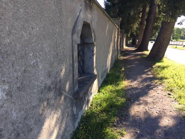 Cimitero di Cazzago Brabbia