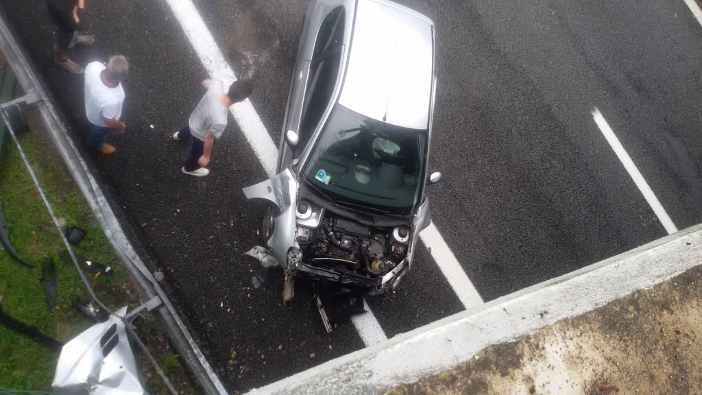 incidente cavalcavia a26 besnate