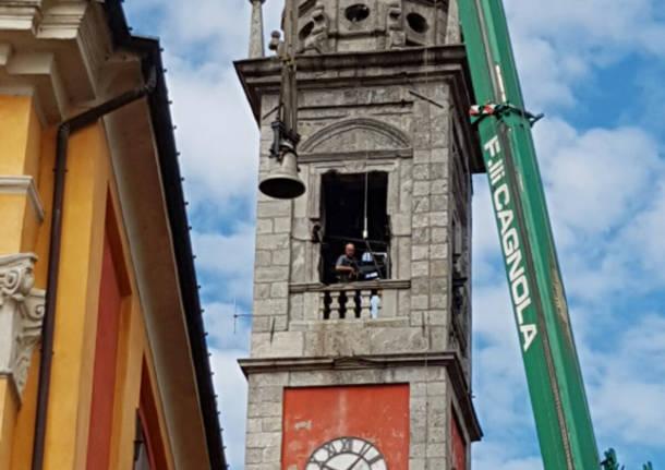 Ispra: le campane tornano sul campanile