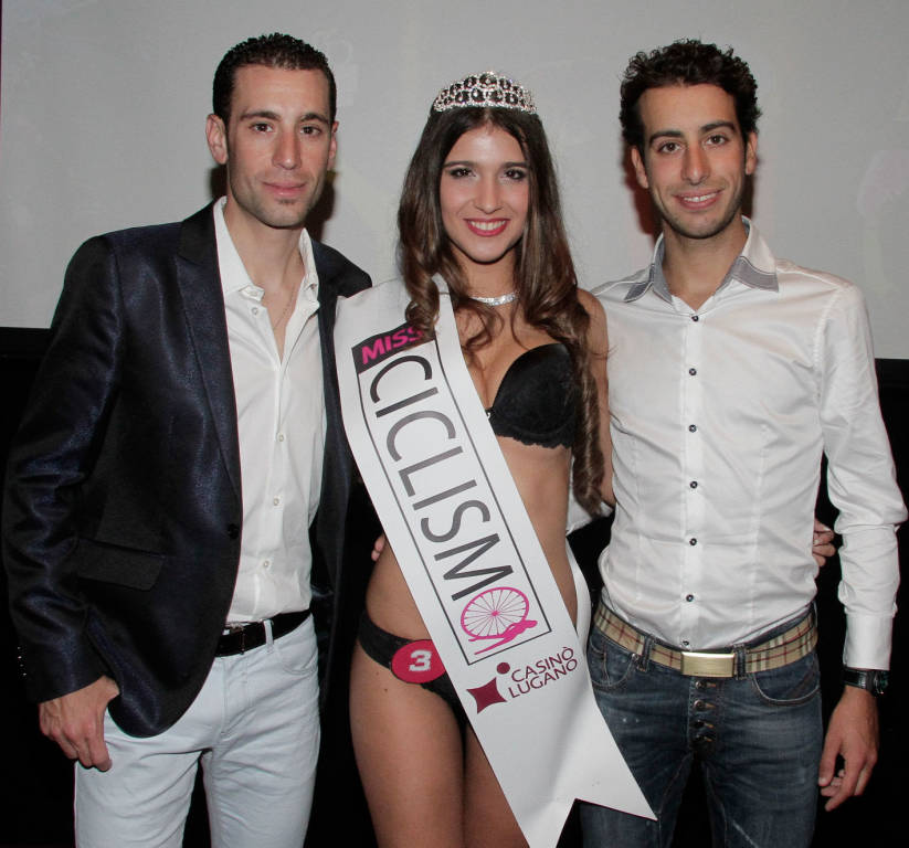 Miss ciclismo, due varesine in prefinale