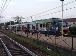 Stazione Vanzago pendolari ferrovia