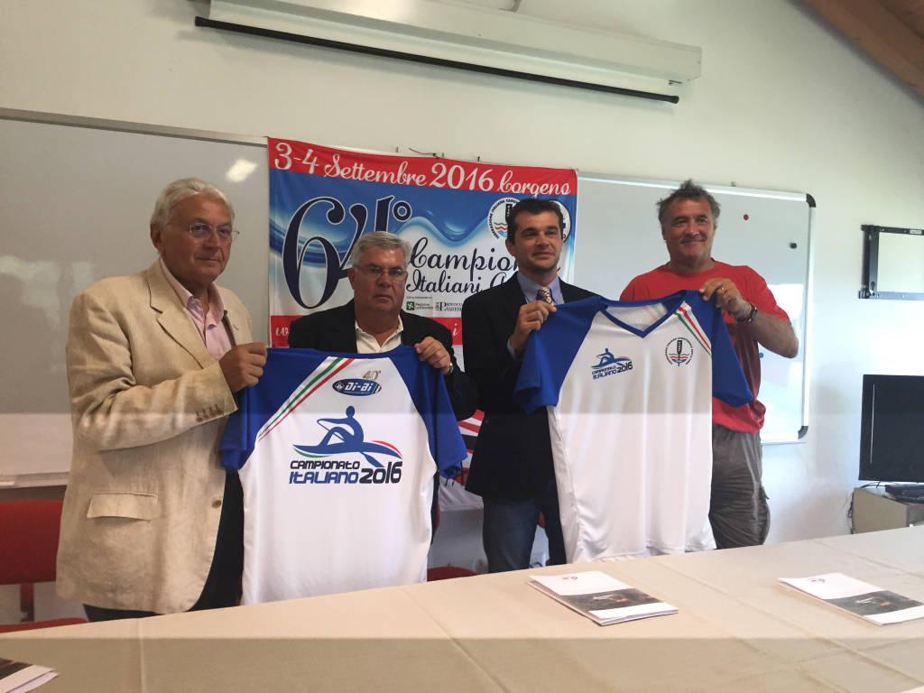A Corgeno i Campionati Italiani Jole ed Elba